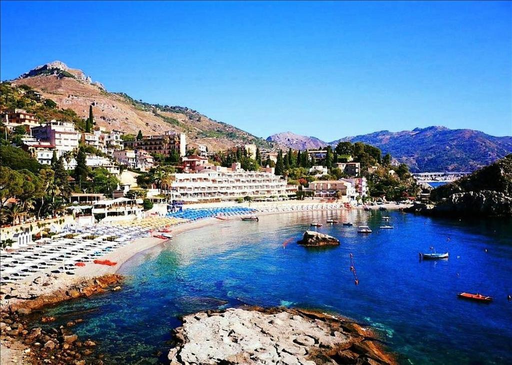 UNAHOTELS Naxos Beach Sicilia Giardini Naxos, Olaszország - a legolcsóbban | zagyvabanda.hu