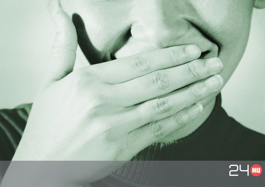 hogy reggel ne legyen szaga a szájból)