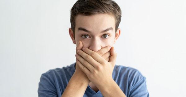 ammónia szaga az ember szájából