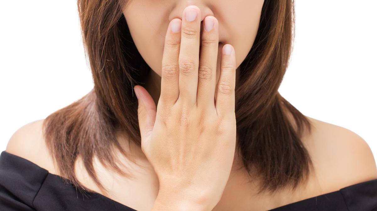 5 betegség, amitől büdös lesz a szája - Dívány Rossz szagú csomók a szájból