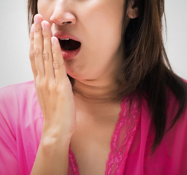 Mostál reggel fogat, mégis büdös a szád? Itt az oka és ezt teheted ellene! - Blikk Rúzs
