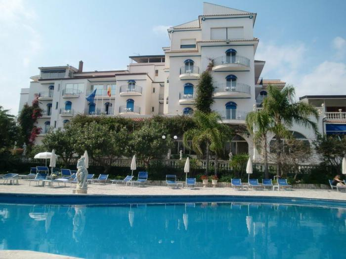 hotel alphio garden giardini naxos