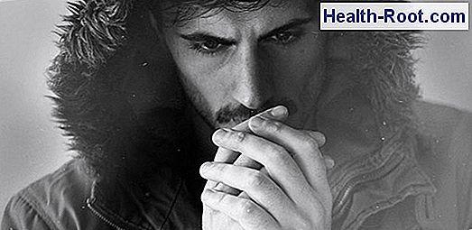 böfögési tünetek és rossz lehelet)