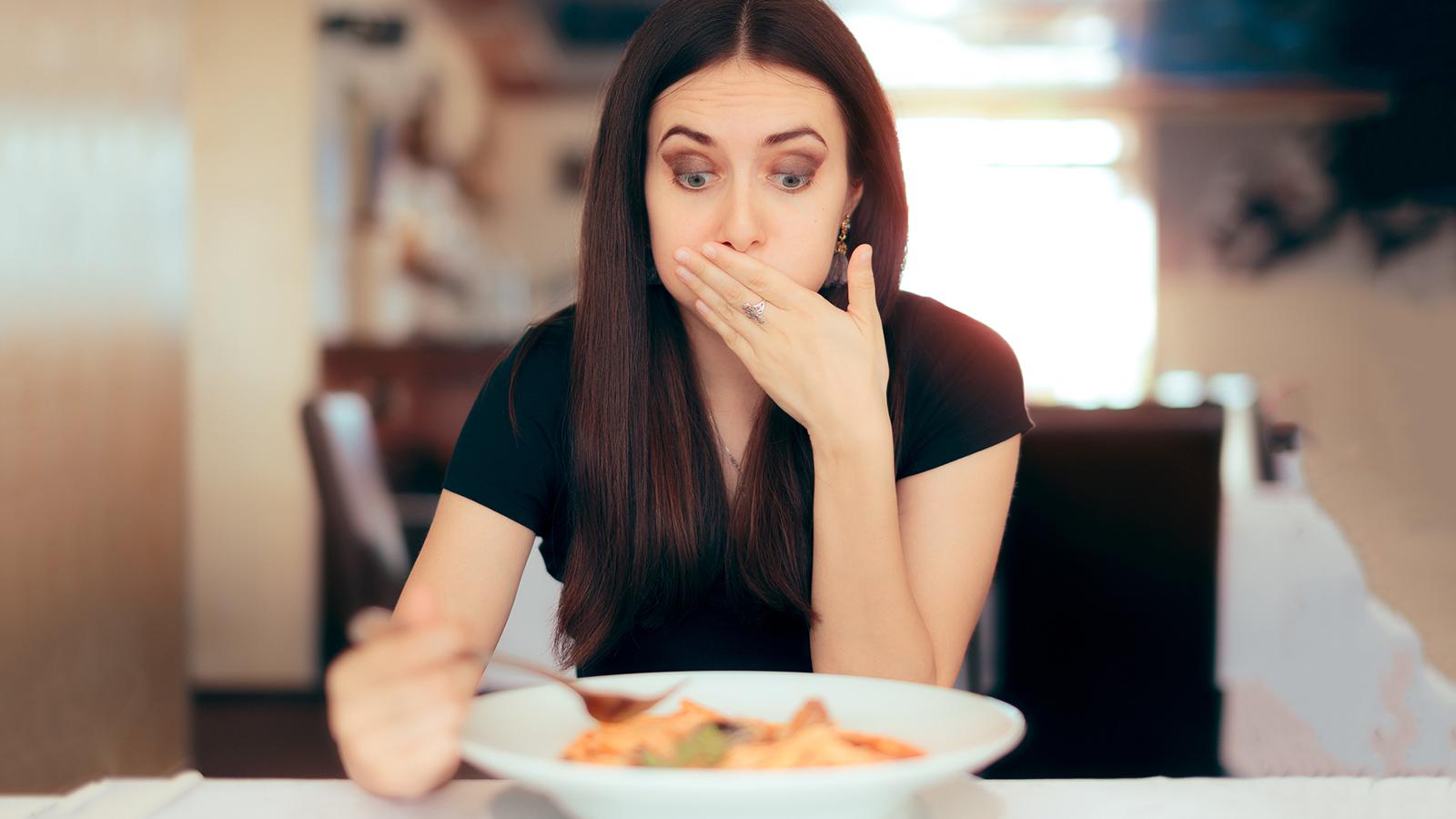 rossz lehelet és hányinger evés után