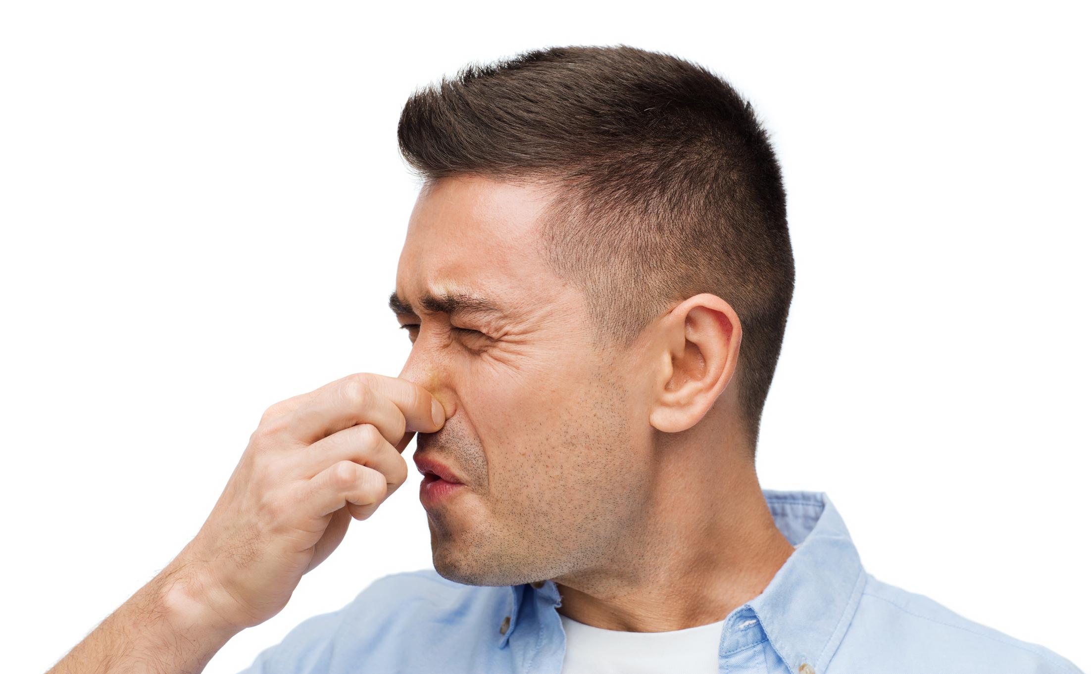 a száj és az orr rothadó szaga