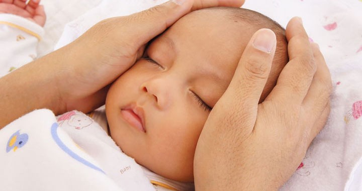 újszülött köldök kezelése