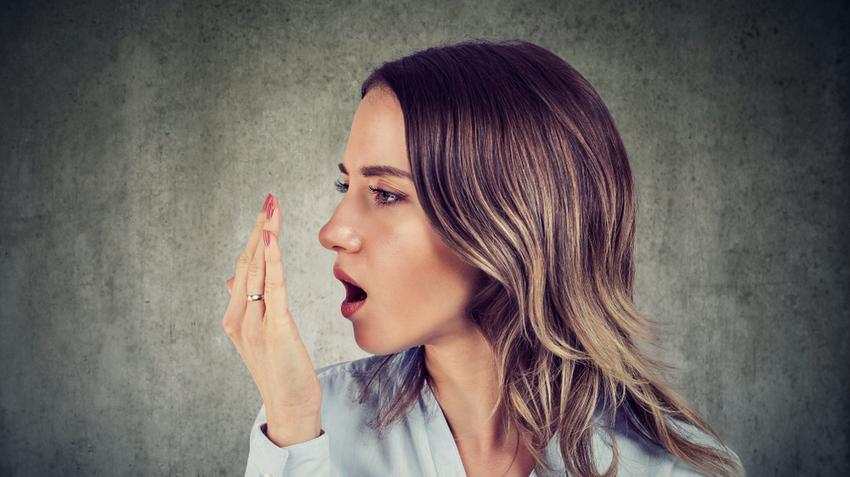 Tartós rossz lehelet fórum - Öt egyszerű módszer a szájszag ellen