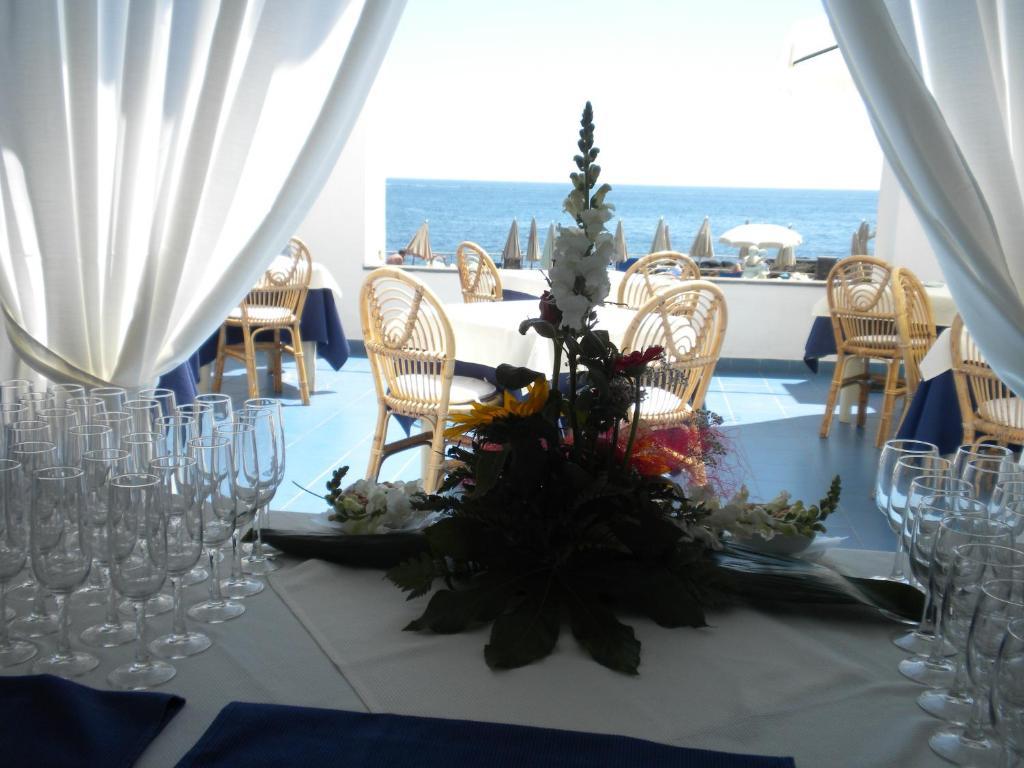 Szicília Giardini Naxos utazás Hotel Kalos