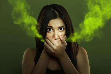 milyen betegségre van szag a szájból